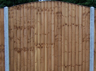 Arched Fence Panels Reddish Green