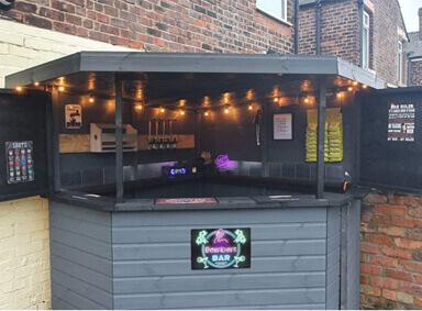 Corner Garden Bar